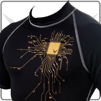 Lycra Shirt von FancyBeast – perfektes Surfen mit dem richtigen Outfit