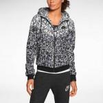 Nike Windrunner Jacke für Damen im Test