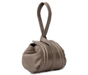Handtasche - Italienische Kleider Mode im Romantik Stil + Outfit Tipps
