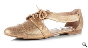 Goldener Schuh zum Schöne kurze Partykleider Rückenfrei Outfit