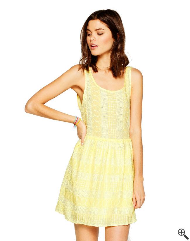 Kleid mit Rückenausschnitt Beach Outfit Ideen