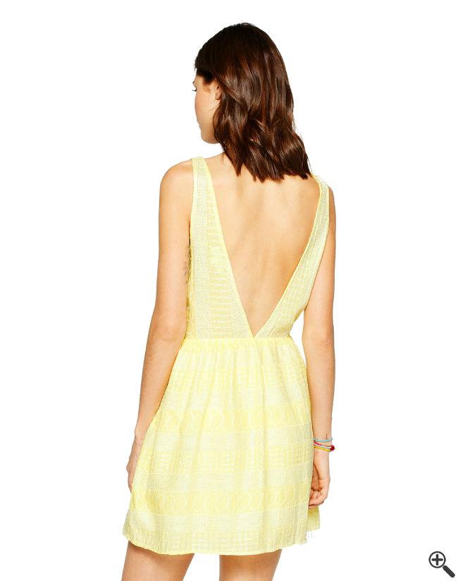 Kleid mit tiefem Rückenausschnitt Beach Outfit
