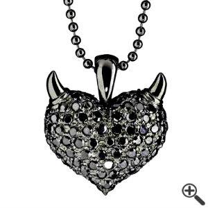 Kette für Schwarzes Kleid mit V-Ausschnitt Outfit fürs erste Date