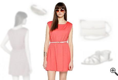Kleid Koralle richtig Kombinieren: So hatNatali schöne Sommer Outfits sofort gefunden
