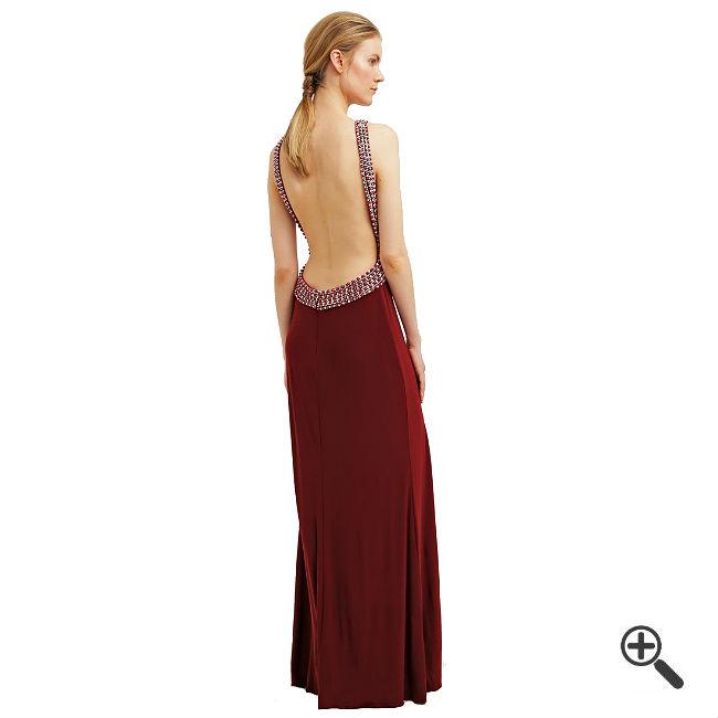 Rotes Abendkleid Langkombinieren