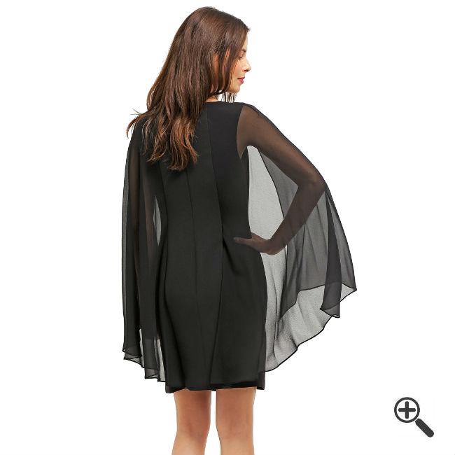 Schwarzes Kleid Kurzkombinieren